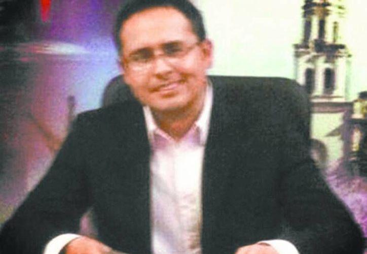 l presentador es también directivo en Grupo Radio Grande. (Milenio)