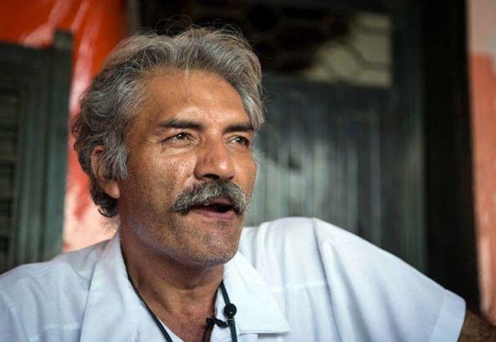 """José Manuel Mireles advirtió que en caso de que la situación de violencia regrese a Michoacán """"estaremos listos para cualquier llamado si las cosas vuelven a cambiar"""". (Bernardo de Niz-MCT)"""