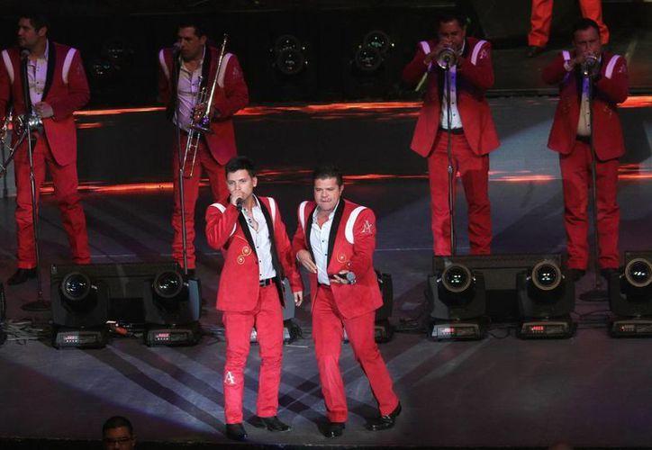 'La Arrolladora Banda El Limón' es uno de muchos conjuntos musicales de diversos géneros que estarán presentes en la Cumbre Tajín 2015. (Foto de archivo de Notimex)