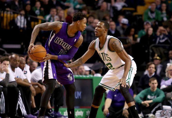 Como parte de la temporada regular de la National Basketball Association, el 3 de diciembre jugarán los Kings de Sacramento contra los Celtics de Boston. Los boletos ya están en la venta por internet. (Archivo AP)