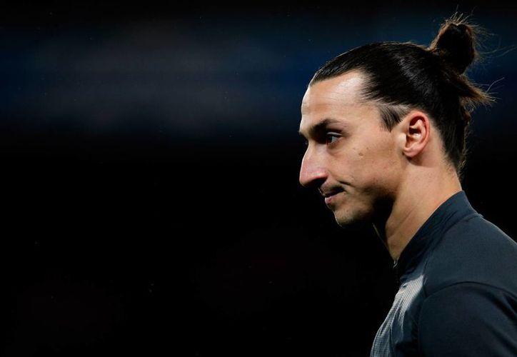 El peinado de Zlatan Ibrahimovic fue adoptado por un niño, pero en su escuela le trajo problemas porque les parece que hace referencia al uso de drogas.  (deadspin.com)