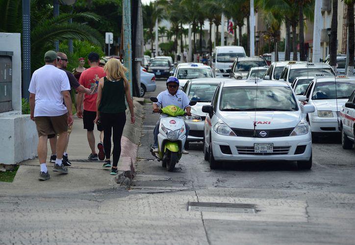 El 52.63% del parque vehicular de la ínsula está conformado por motocicletas. (Foto: Gustavo Villegas]/SIPSE)