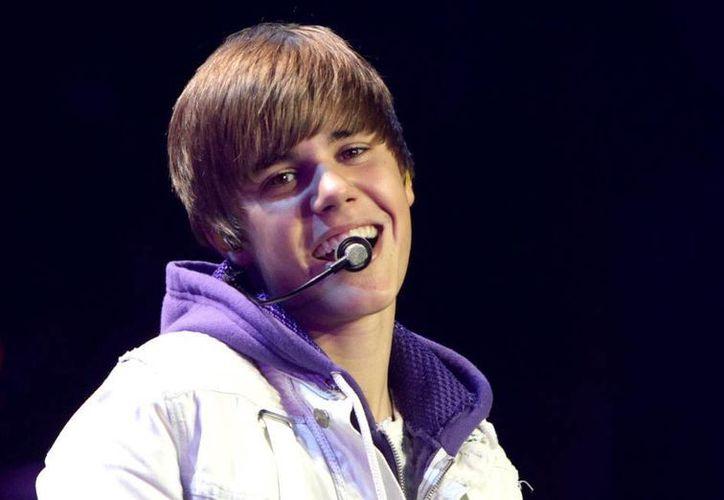 Justin Bieberm saltó a la fama en 2008, y aunque parte de su carrera se ha basado en el escándalo, hoy por hoy es una de las figuras del pop mundial. (Archivo AP)