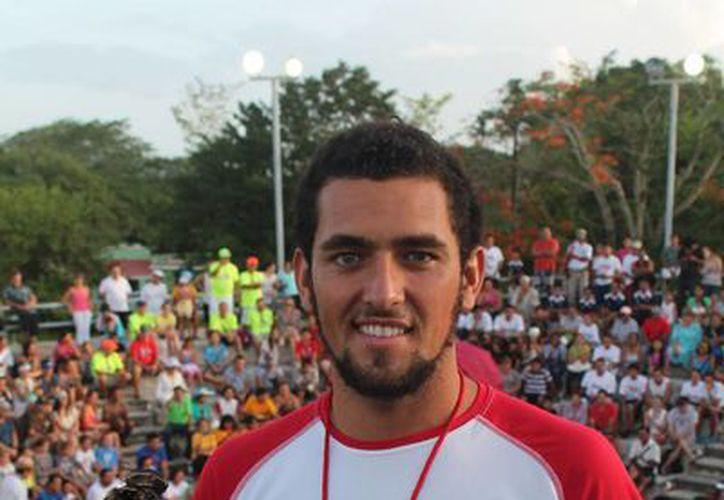 El joven peleará un lugar en la selección nacional, que tendrá acción en los Juegos Centroamericanos y del Caribe 2014. (Redacción/SIPSE)