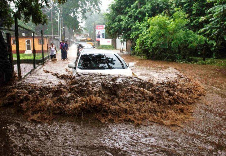 El sistema de drenaje mayor soporta solo 65 milímetros de agua en un lapso de dos horas. (Foto: La Prensa)