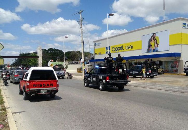 El robo en el establecimiento se registró alrededor de las 12:30 horas. (Eric Galindo/SIPSE)