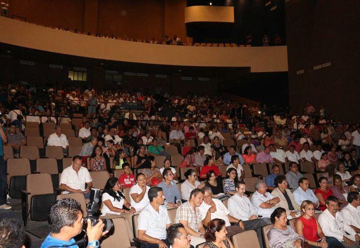 A partir del 6 de abril en el Teatro de la Ciudad de Playa del Carmen se proyectarán películas de la Cineteca Nacional. (Adrián Barreto/SIPSE)