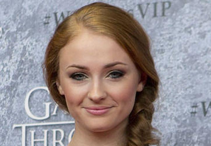 La joven actriz señaló que las criticas que recibía en redes sociales fueron un detonante. (Wikipedia)