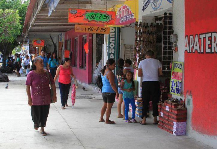 La Cámara Nacional de Comercio (Canaco) de Chetumal emprenderá acciones para atraer al turismo beliceño. (Redacción/SIPSE)