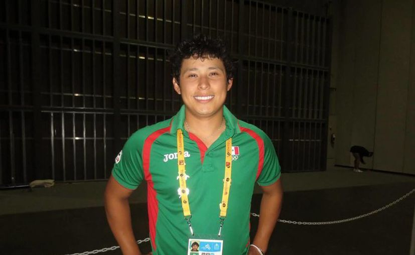 El raquetbolista mexicano de 22 años, Daniel de la Rosa, ganó medalla de bronce en los Juegos Panamericanos de Toronto. (Notimex)