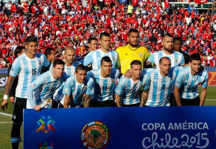 Argentina debutará en la Copa América el seis de junio ante Chile en Santa Clara, California. (AP)
