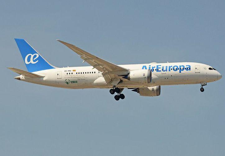Los vuelos tendrán capacidad para 275 asientos en clase turista y 24 en clase negocios. (Foto: Redacción/SIPSE).