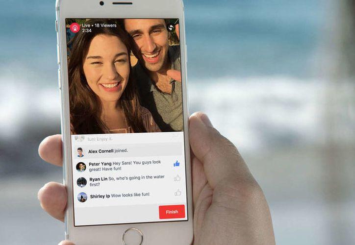 Los subtítulos automáticos aparecen directamente en las retransmisiones en directo de Facebook Live. (Foto: Contexto)