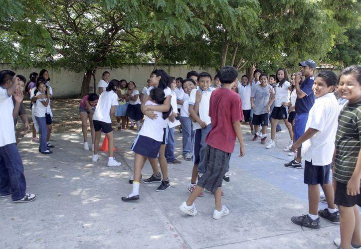 La SEQ dijo que en los talleres se abordará el tema del acoso escolar por ser un factor de polémica en los centros escolares. (Tomás Álvarez/SIPSE)