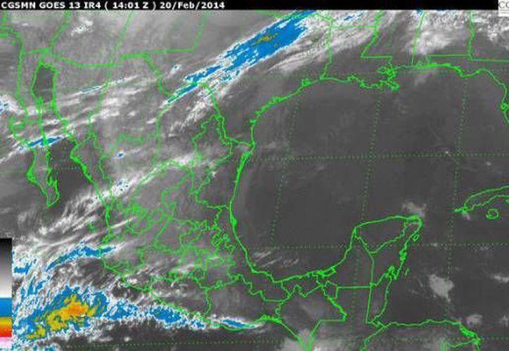 Persiste la entrada de aire marítimo tropical con poco a moderado contenido de humedad procedente del Golfo de México y el mar Caribe hacia la península. (Conagua)