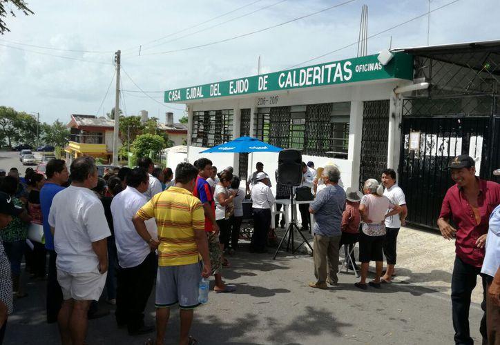 Ejidatarios denuncian irregularidades en los manejos del Ejido Calderitas. (Joel Zamora/SIPSE)