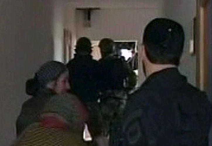 Imagen de archivo de otro asalto en Rusia en el que murieron murieron tres guerrilleros, dos policías y un civil, en 2010. (Archivo/EFE)