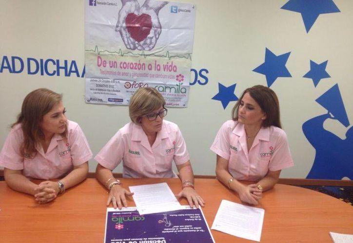 Integrantes de la Asociación Camila en conferencia de prensa. (SIPSE)