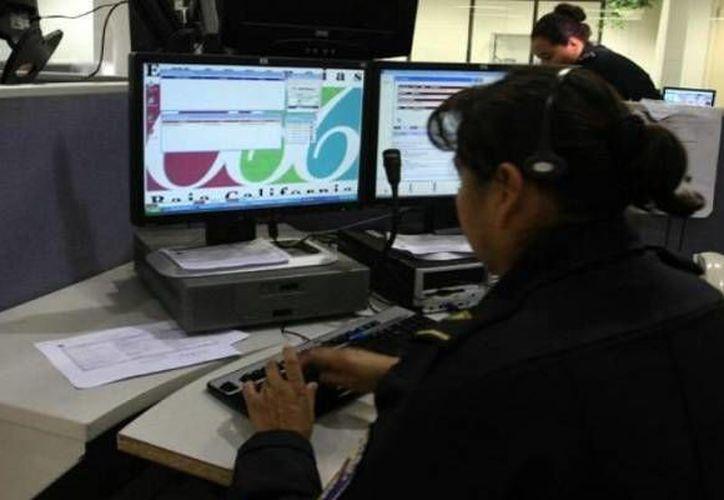 Alrededor de 6 mil llamadas al número de emergencias 066, se reciben al día, en Cancún. (Contexto/Internet)