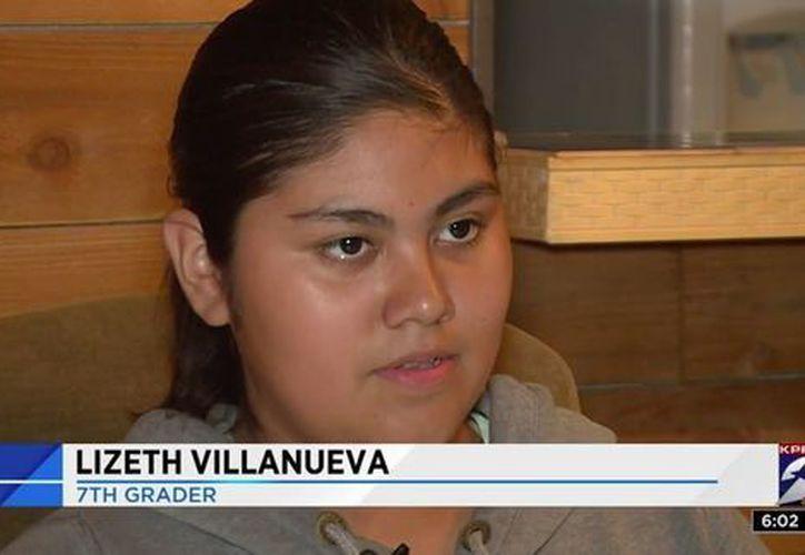 Lizeth Villanueva es una de las mejores de su clase; ella y su madre recibieron una disculpa de parte de la escuela. (Foto: Milenio.com)