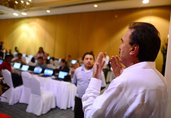 """Emilio Gamboa cerró con la expresión: """"Nos será difícil olvidar este encuentro en Yucatán"""". (Milenio Novedades)"""