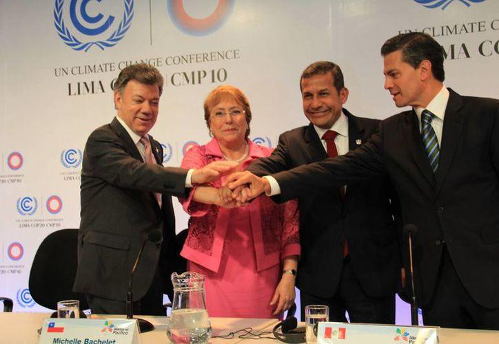 La declaración fue suscrita por los presidentes de México, Enrique Peña Nieto; Colombia, Juan Manuel Santos; Perú, Ollanta Humala, y Chile, Michell Bachelet. (Notimex)