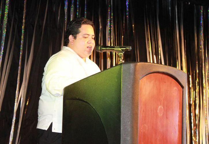 José Luis Acosta Quian preside la Asociación Unidos por Playa. (Adrián Barreto/SIPSE)