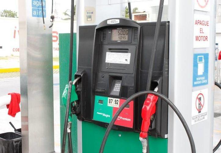 La iniciativa de Ley incluye el mejoramiento de las gasolinas. (Redacción/SIPSE)