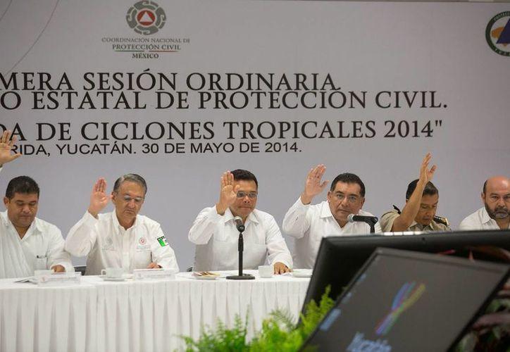 El gobernador Rolando Zapata Bello ordenó diseñar un programa que impulsae la cultura de prevención en escuelas y familias. (SIPSE)