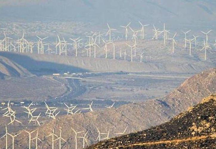 Según el titular de la Sener,  Pedro Joaquín Coldwell, en México se explota tan solo el 7 por ciento de la energía geotérmica total. (Archivo/ Reuters)