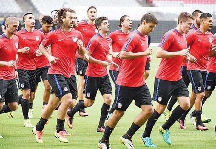 La selección de Estados Unidos se declara lista para enfrentar el partido por el tercer lugar, luego de ser goleados por Messi y compañía en días pasados.(AP)