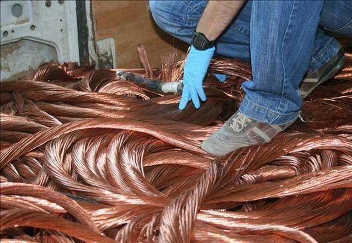 El agravante por robo de cables de cobre para la conducción de energía eléctrica sería penado con dos y hasta siete años de prisión, además de las sanciones previstas por el delito de robo en sí. (Agencias)