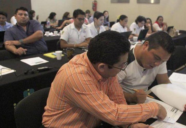 El curso del INAI a funcionarios públicos en Mérida forma parte de las acciones de capacitación enmarcadas en el Sistema Nacional de Transparencia. (SIPSE)