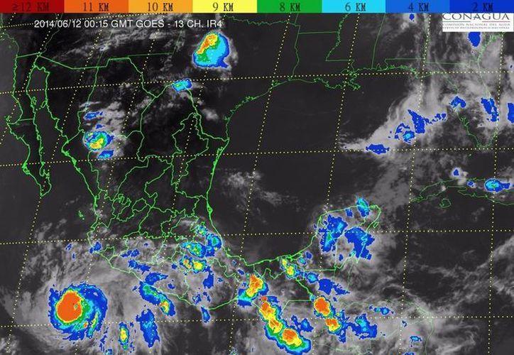 Se prevén lluvias muy fuertes para Jalisco, Colima, Michoacán y Guerrero. (Notimex)