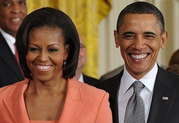 La pareja de Barack y Michelle Obama, sigue explorando nuevas vías para ayudar a los demás a compartir sus vivencias. (Contexto/ Internet)