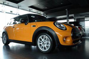 Mejora la venta de autos de lujo en Q. Roo