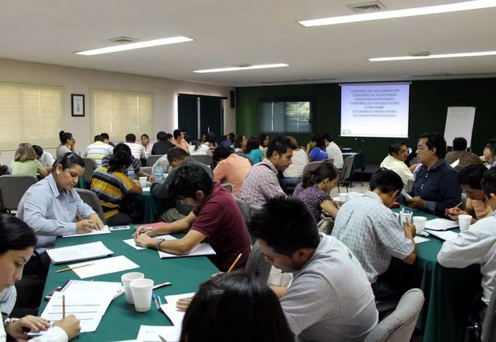 El IYEM prepara a los emprendedores para triunfar en sus proyectos. (Milenio Novedades)