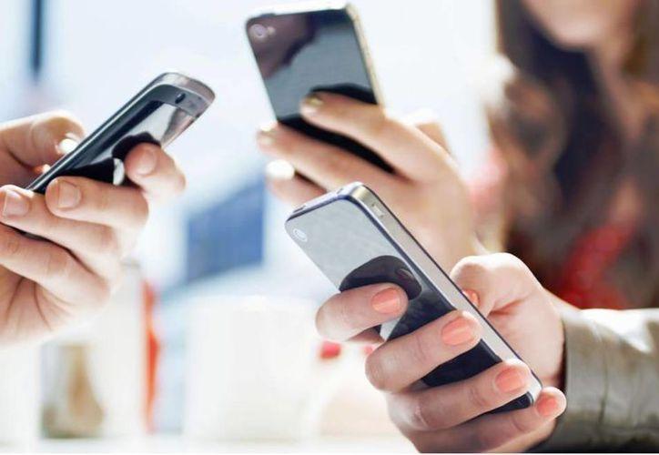 La amplia penetración de la telefonía móvil es el resultado de un cambio radical en la concepción de las telecomunicaciones aplicado en Venezuela por la Revolución Bolivariana. (laprensa.hn)