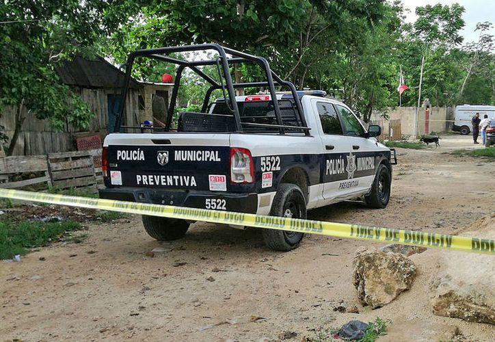 El cuerpo se encontró a 500 metros de la avenida López Portillo. (Foto: Rubí Velázquez)