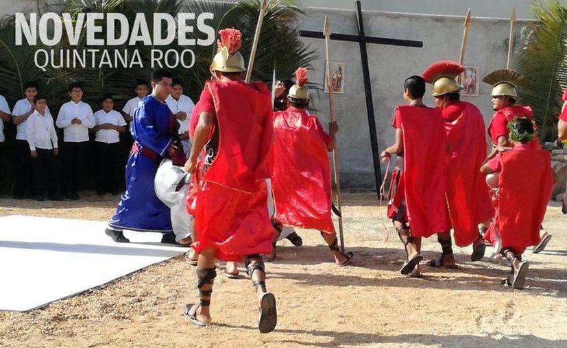 El viernes, junto con el jueves y el sábado de la Semana Santa, conforman el Triduo Pascual. (Sara Cauich/ SIPSE)