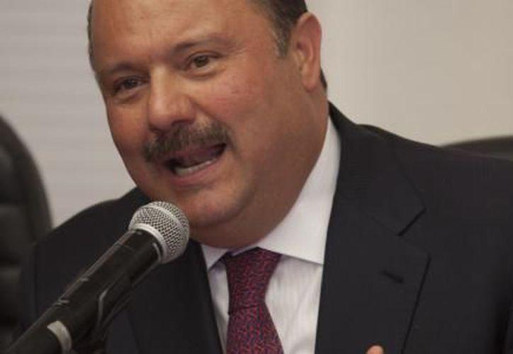 César Duarte tiene además otra orden de aprehensión acusado del delito de peculado. (El Financiero)