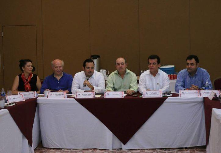 La reunión se realizó en el Salón Caribe del Hotel Cozumel and Resort. (Cortesía/SIPSE)