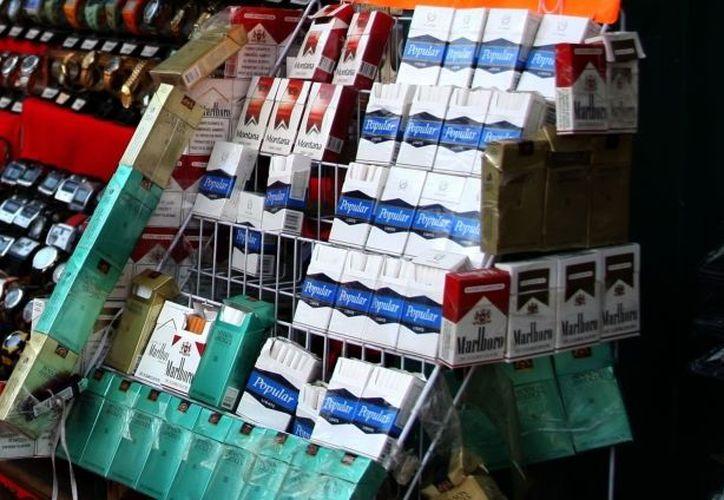 en México los fumadores consumen en promedio 6.5 cigarros al día. (Archivo SIPSE)