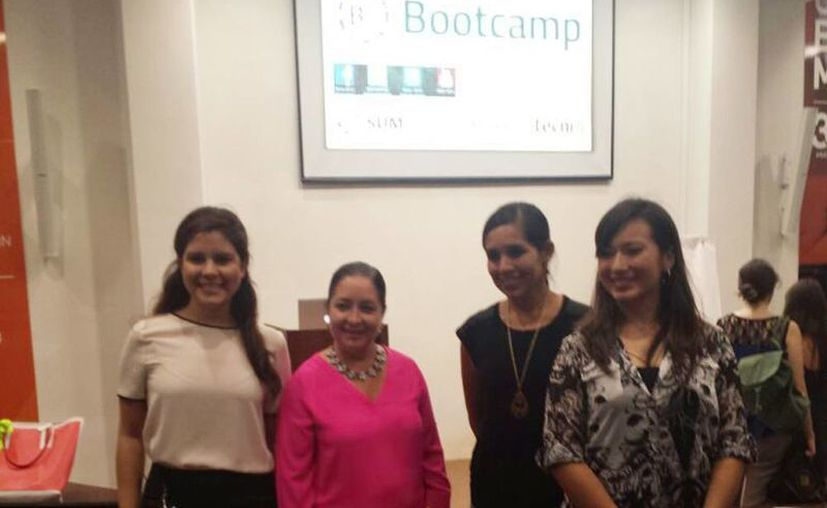 Imagen del arranque de un campamento para 35 equipos de emprendedores yucatecos de la Universidad Anáhuac Mayab que recibirán todos los conocimientos para iniciar su propia empresa. (Candelario Robles/SIPSE)