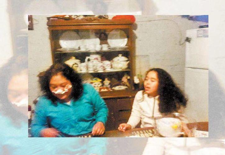 De acuerdo con el padre de la adolescente, Pamela era muy unida a su mamá, la señora Erika, quien falleció en la explosión. (Milenio)