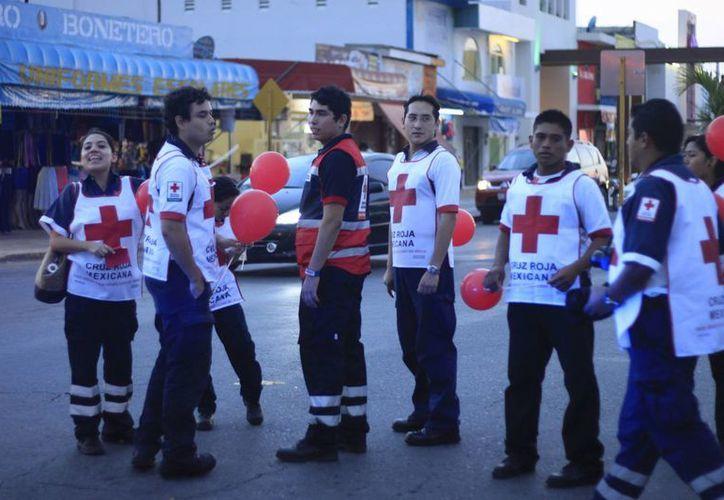 Actualmente brindan de 20 a 30 servicios de ambulancia por día. (Redacción/SIPSE)