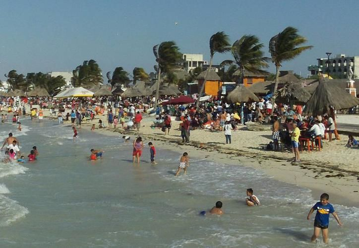 Protección Civil 'apuesta' por la prevención de eventos hidrometeorológicos de temporada, en Progreso, Yucatán. (SIPSE)