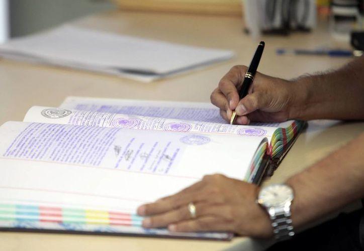 Recomiendan a los ciudadanos evitar heredar problemas a sus familiares y en vida realizar su testamento legalmente. (Milenio Novedades)