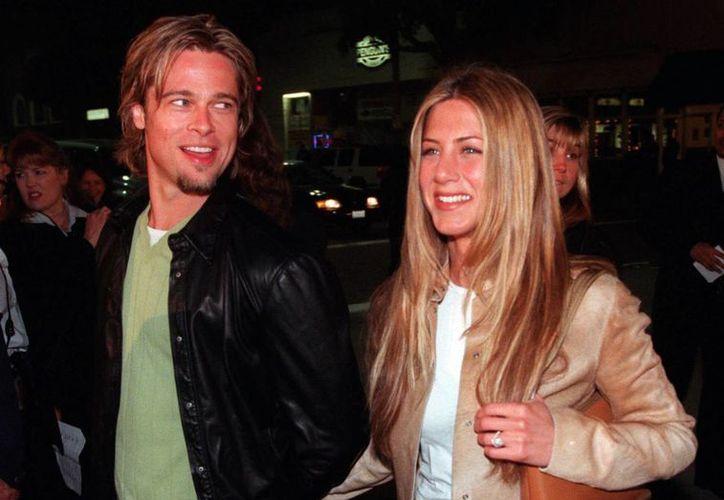 Jennifer Aniston y Brad Pitt se casaron en el 2000, pero se separaron cuando Angelina Jolie entró en sus vidas. (Archivo/ AP)