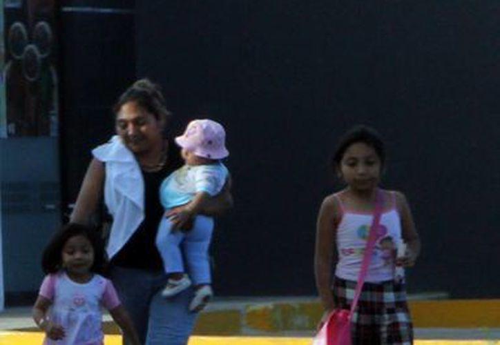 Para los siguientes días las temperaturas calurosas oscilarían entre los 27°C y los 33°C en Yucatán. (José Acosta/SIPSE)
